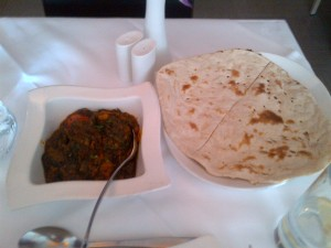 Saag gosht and roti